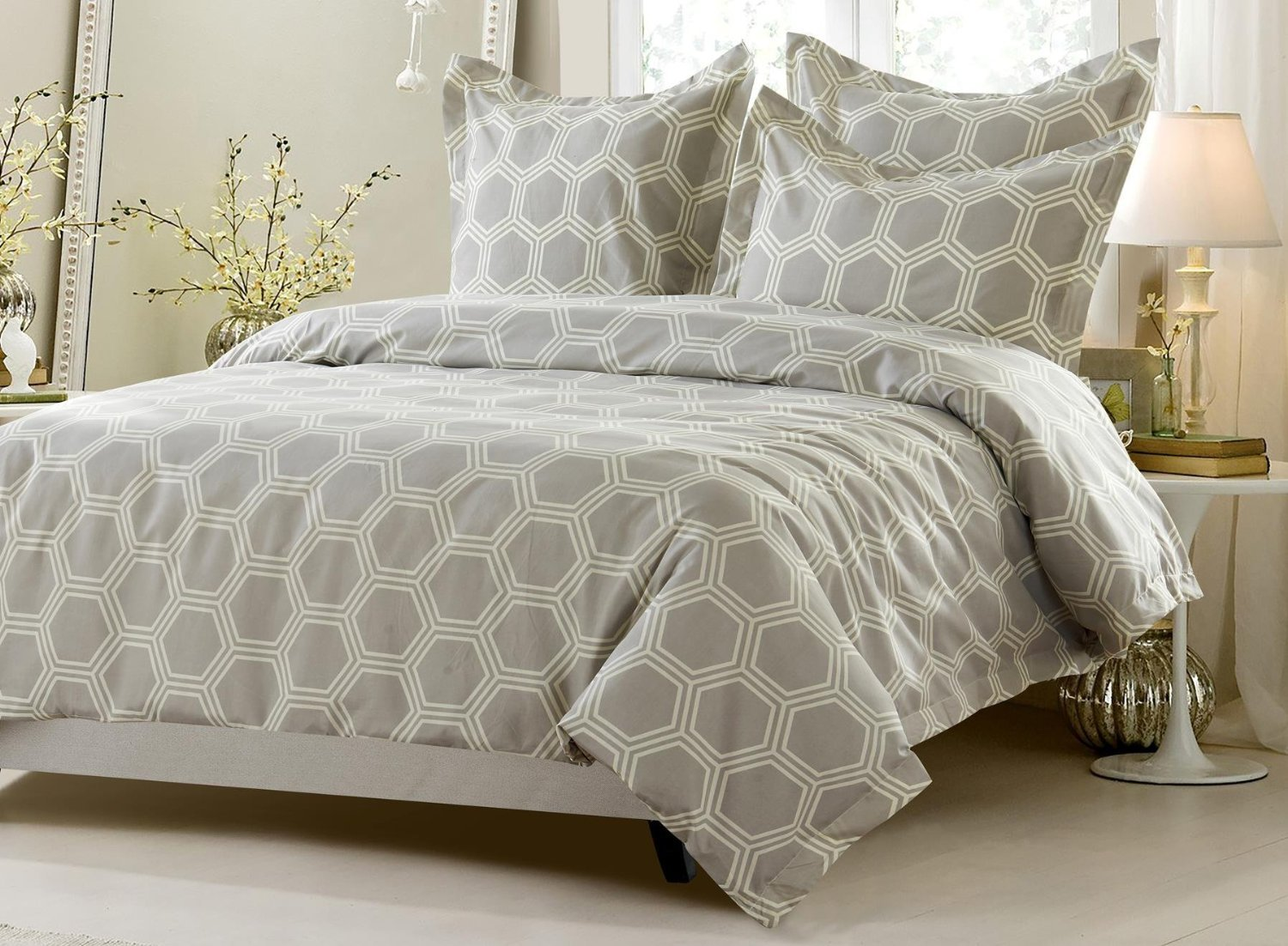 6pc Beige Hexagon Design Bedding Set