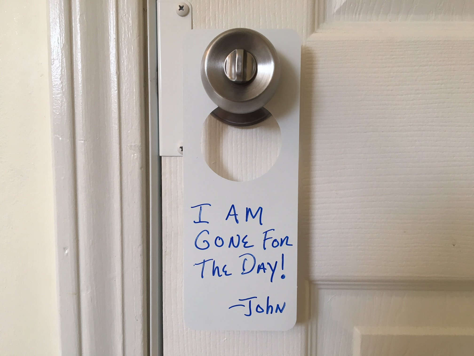 SecurePro Products Blank,Non-Erasable Plastic Door Knob Hangers, Write Your Own Permanent Messages, 8.125'' Tall x 3.125'' Wide.15 Mil Thick PVC Signs (5)