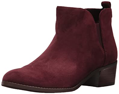 f67607fc Amazon.com | Tommy Hilfiger Women's Randall Ankle Boot | Boots
