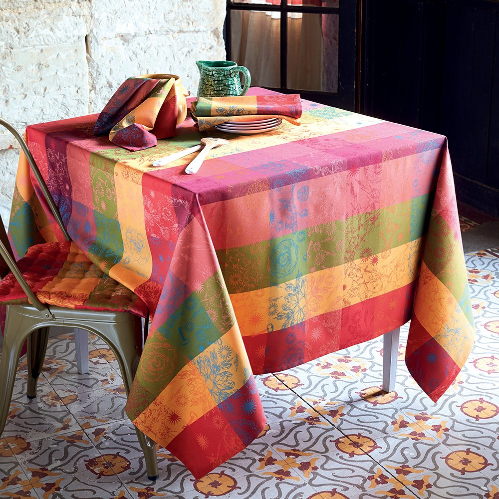 Garnier-Thiebaut, Mille Alcees Litchi French Jacquard Tablecloth, 100 Percent Cotton, 71'' x 118''