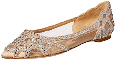 96ee6c04e9ce Amazon.com  Badgley Mischka Women s Gigi Pointed Toe Flat  Shoes