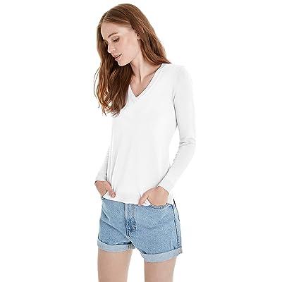 525 America Signature Vneck Sweater at Amazon Women's Clothing store