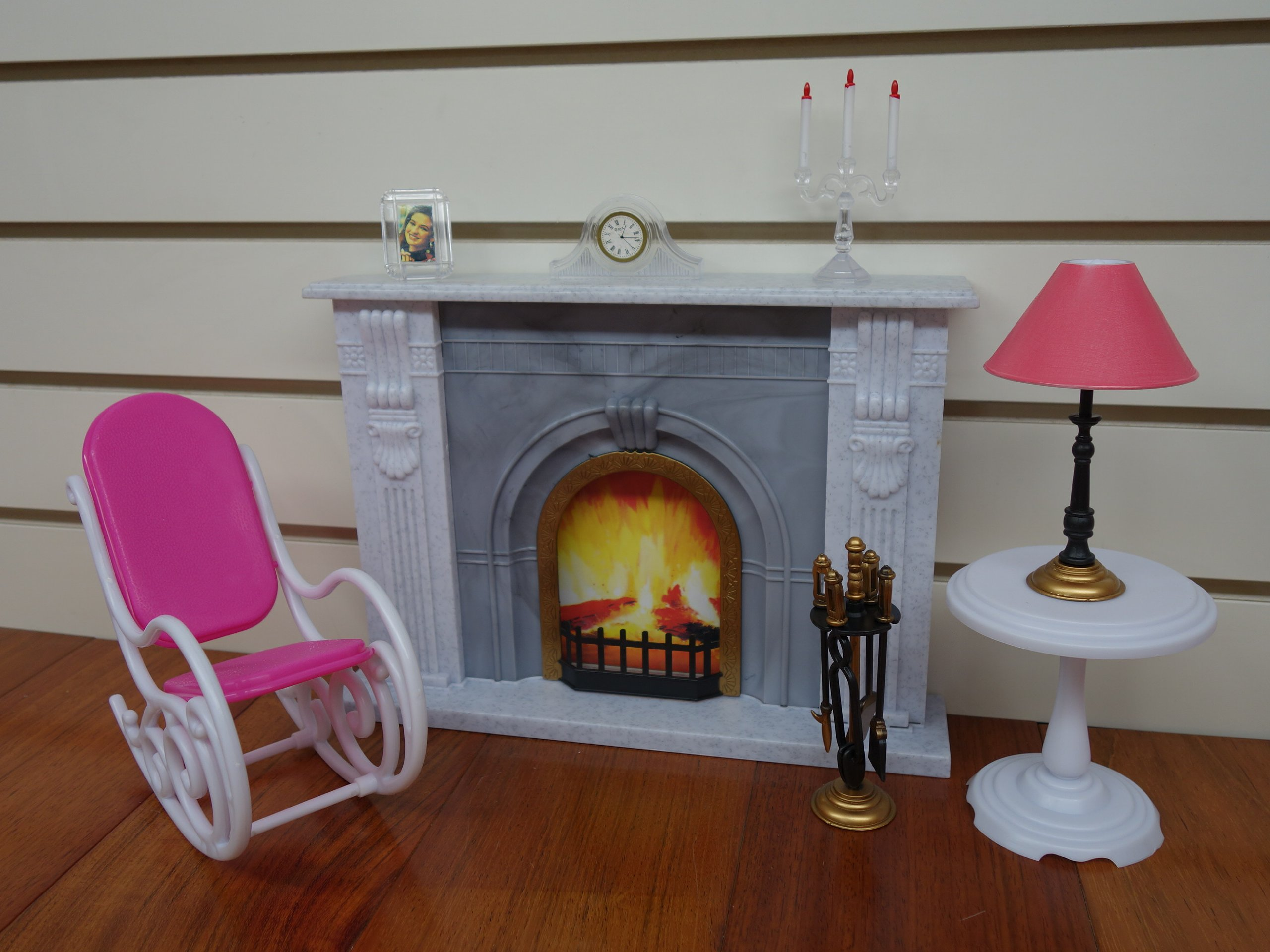 Barbie Size Gloria Fireplace Play Set