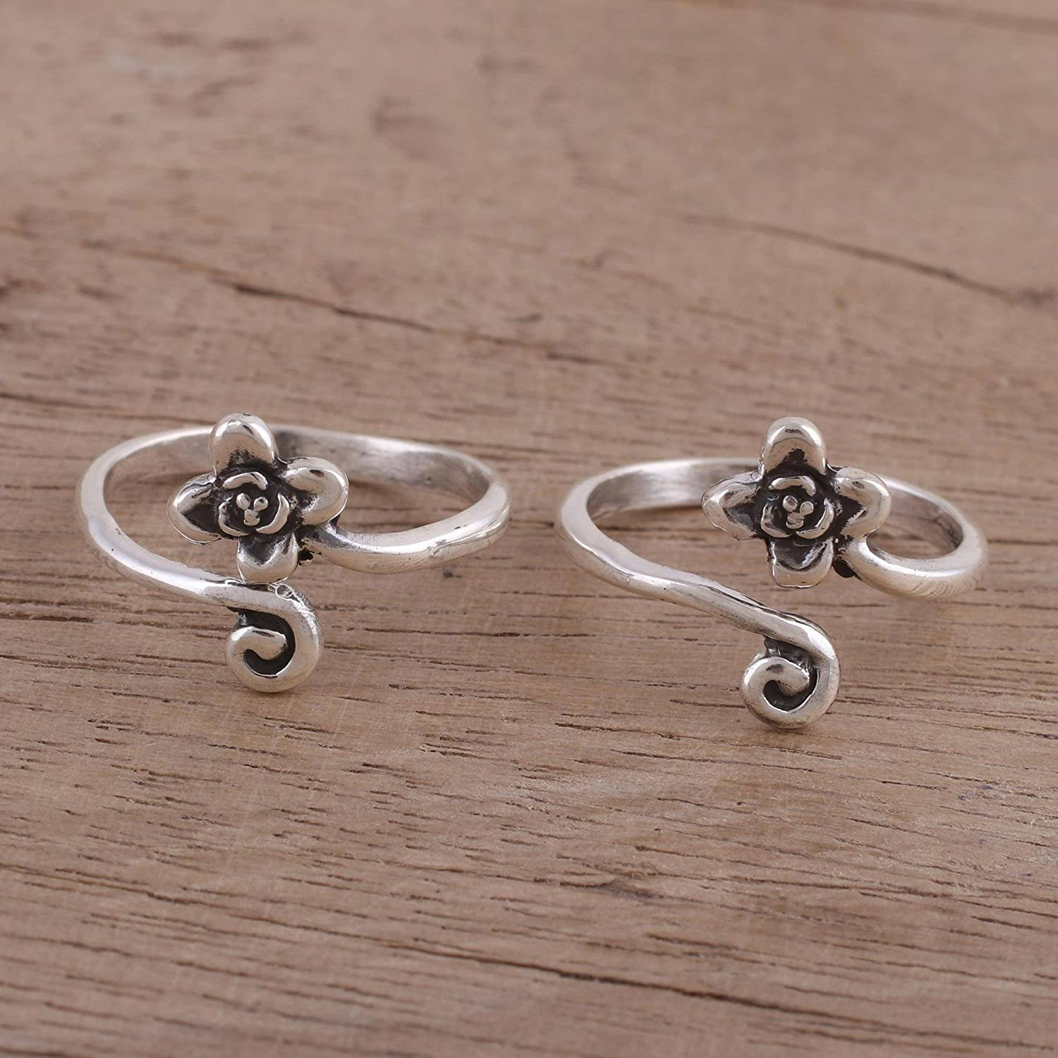 pair Flower and Swirl/' Flower and Swirl NOVICA .925 Sterling Silver Set of 2 Adjustable Floral Toe Rings pair