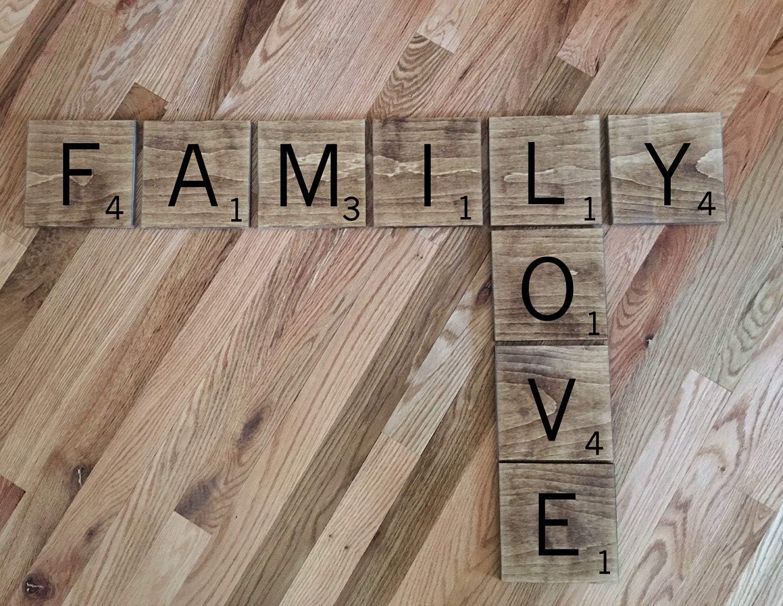 CELYCASY Azulejos de Scrabble Grandes Scrabble Wall Art | Scrabble Tiles | Elija su Palabra S | Baldosas de Madera rústica | Azulejos de Scrabble Grandes: Amazon.es: Hogar