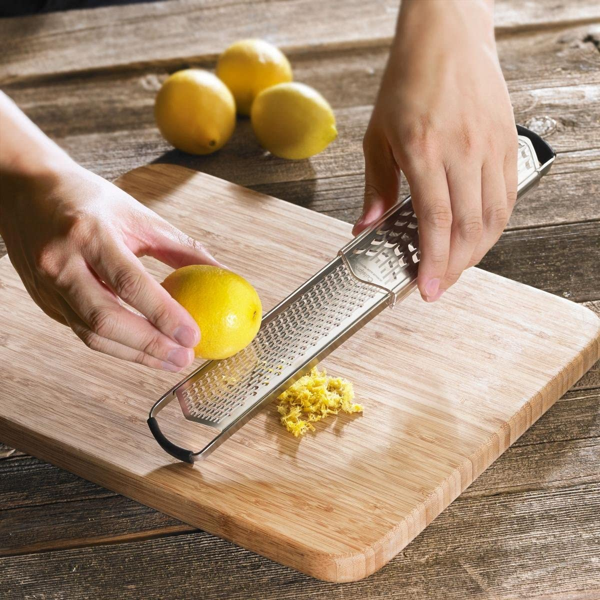 Cuisipro 747161 Grater Fine