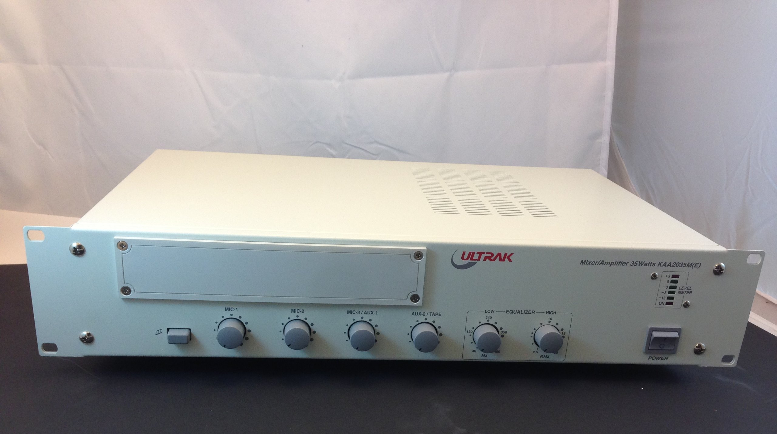 ULTRAK PA AMP / MIXER, 70-100V RATED @ 95 WATTS by CES