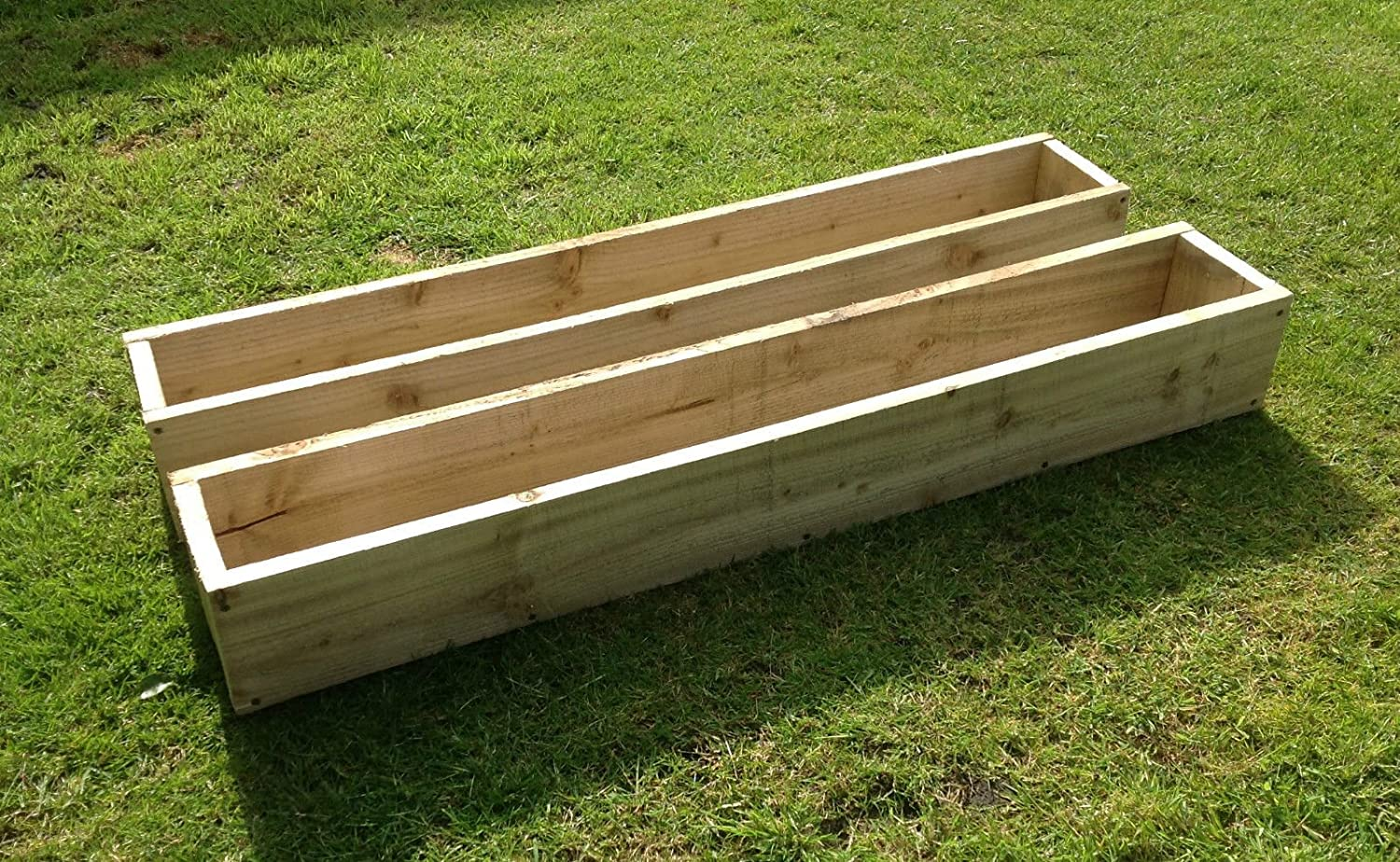 2 x 90cm Long (3ft) Wooden Garden/Patio/Window Box Planters: Fully Assembled - Just add plants: Fast & Free Delivery Home & Garden Designs