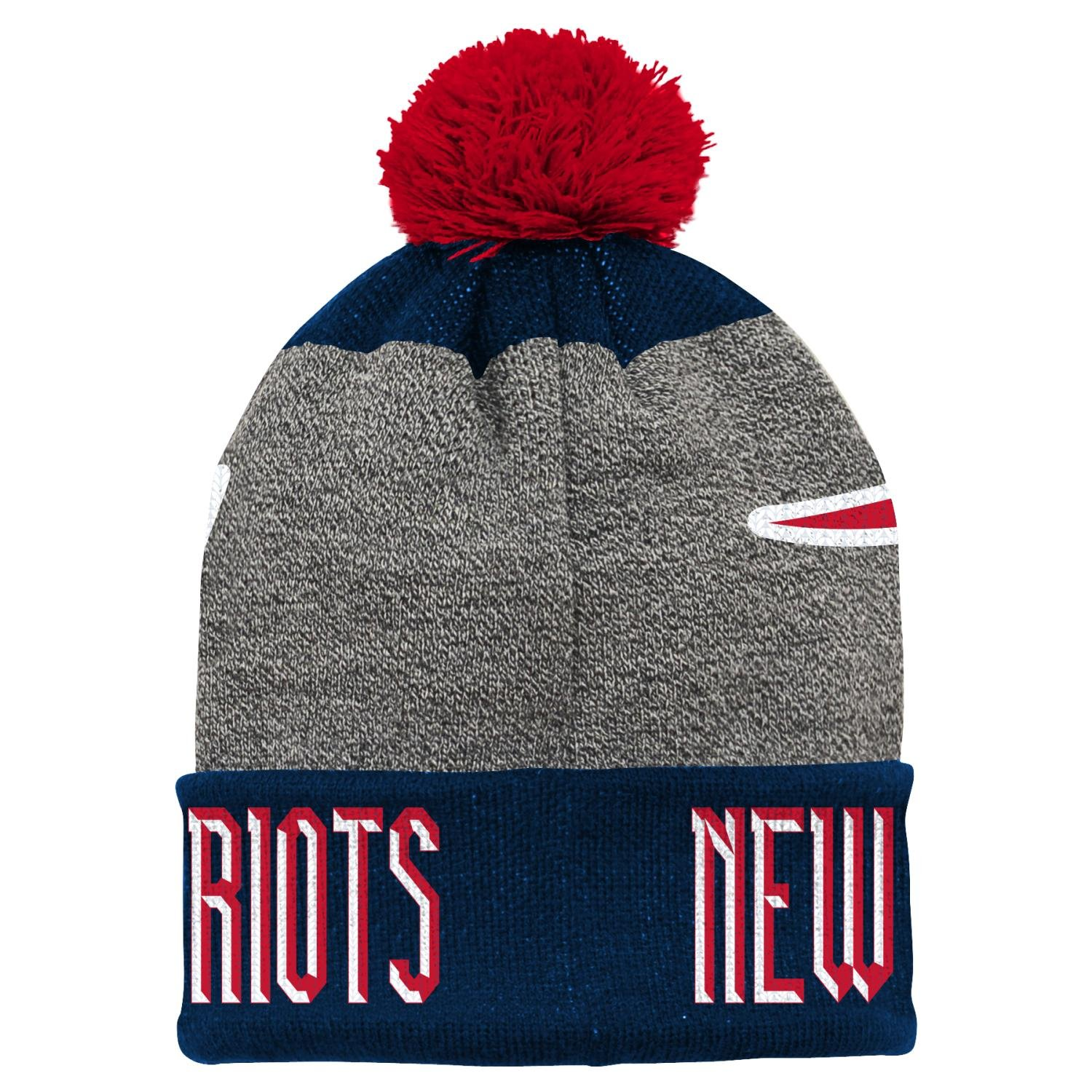 Amazon.com   Outerstuff New England Patriots Youth NFL Ultimate Cuffed Knit  Hat w Pom   Sports   Outdoors eb7f318f1