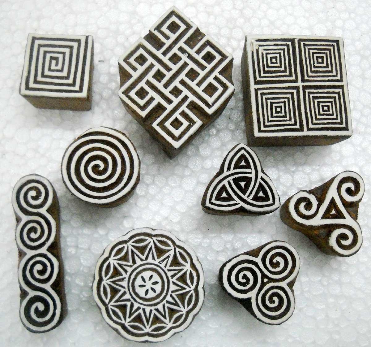 tatuaggi stampe su tessili Lotto di nove timbri in legno esotico per stampe