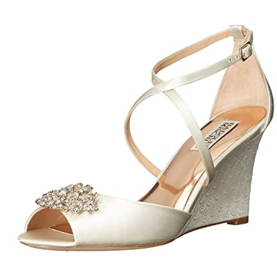 Badgley Mischka Women's Abigail Wedge Sandal: Shoes