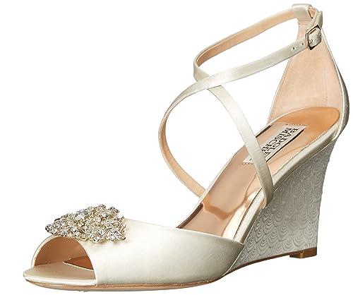 991ef1655ed Badgley Mischka Womens Abigail Wedge Sandal  Amazon.ca  Shoes   Handbags