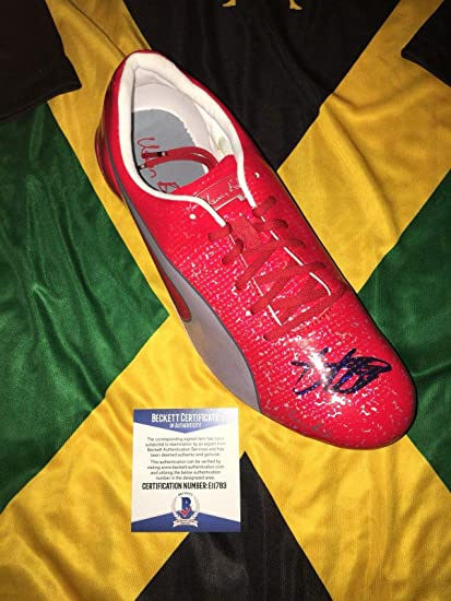550e3be32ceae7 Usain Bolt Signed Official Puma Red Cleat Bolt Model Shoe Jamaica Beckett -  Beckett Authentication - Autographed Olympic Products at Amazon s Sports ...