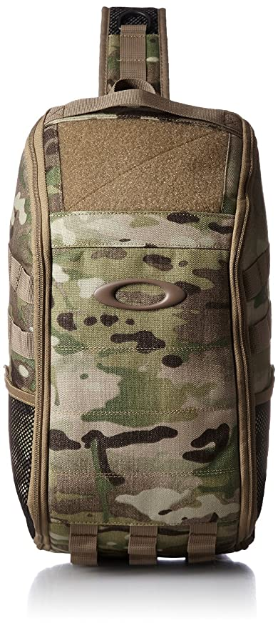 c05e147283 Oakley Extractor Sling Pack Multicam  Amazon.ca  Luggage   Bags
