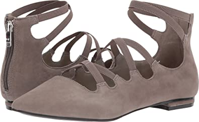 Marc Fisher Women's Annabeth Gray 5 ...