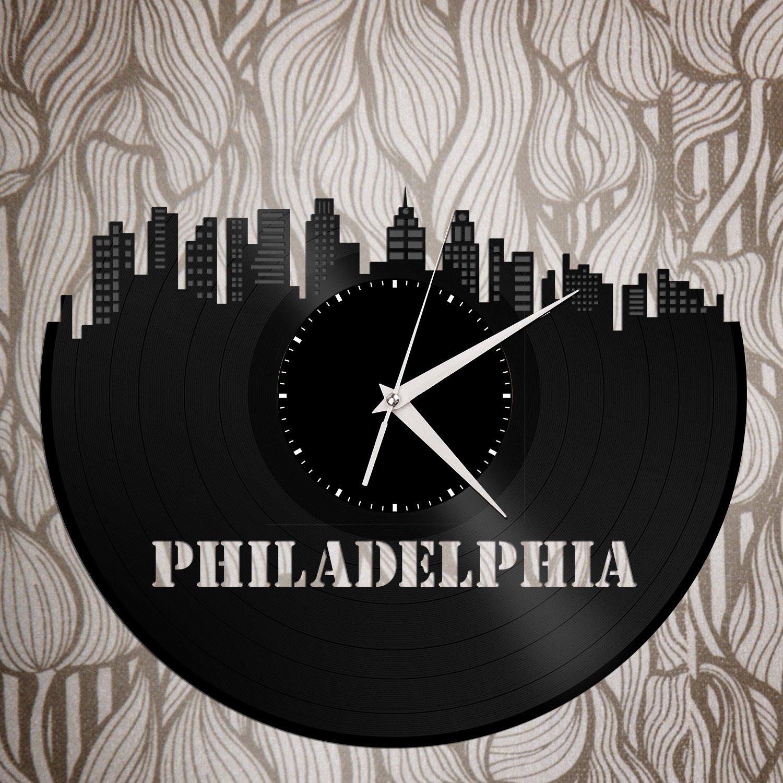 VinylShopUS – Philadelphia Vinyl Wall Clock City Skyline Retro Decor