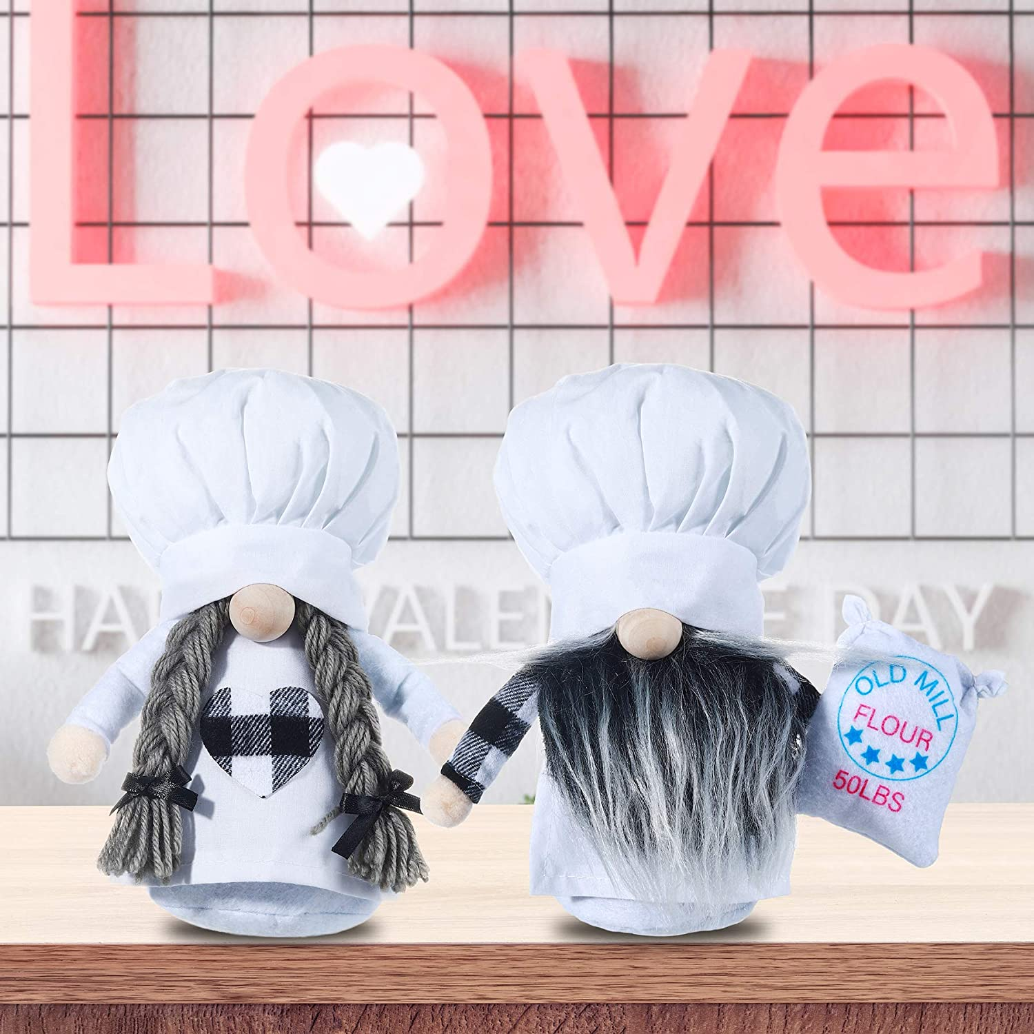 Oubomu 2PCS Cute Kitchen Chef Love Sweet Gnome, Scandinavian Cooking Tomte Elf for Home Table Kitchen Shelf Display Decorations, Couple Plush Gnomes for Valentine's Day Wedding Gift