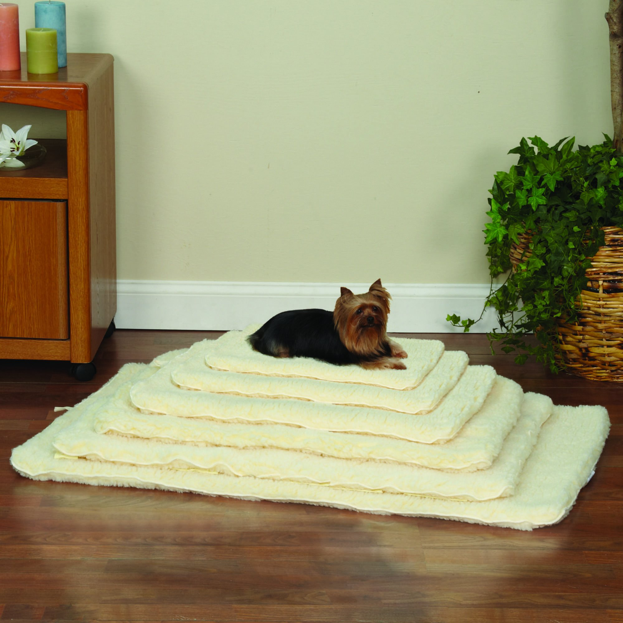 Slumber Pet Double-Sided Sherpa Mats  -  Versatile and Comfortable Mats for Dogs and Cats - Medium/Large, Natural