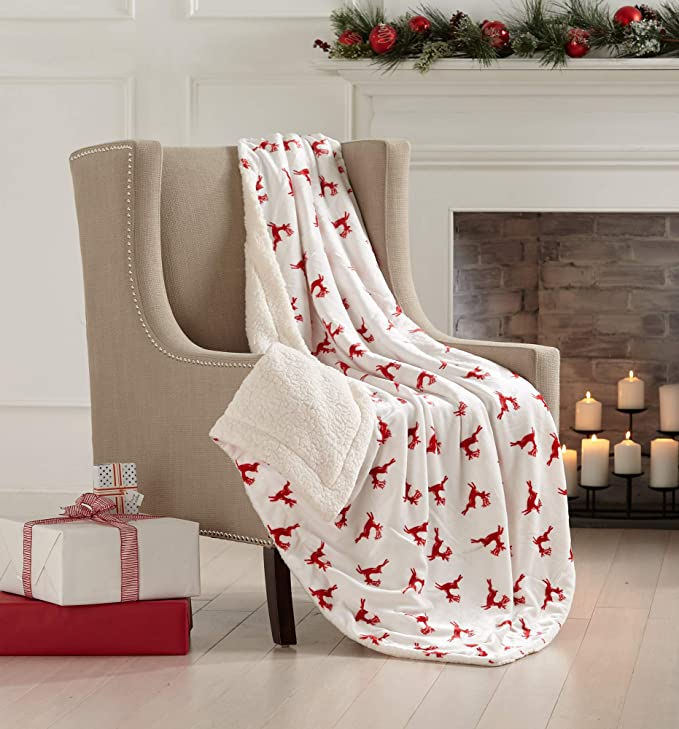 NEW Ultra Cozy /& Soft Christmas Holiday Cardinal Plush Warm Throw Blanket 50x60
