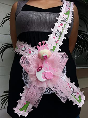 e224cf07b2 Image Unavailable. Image not available for. Color: Baby Shower Mom To Be  It's a Girl Sash Pink Giraffe Safari Ribbon Corsage ...