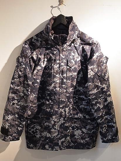 3aae119794580 Amazon.com: Us Navy Working Uniform Jacket Parka Gore Tex: Everything Else