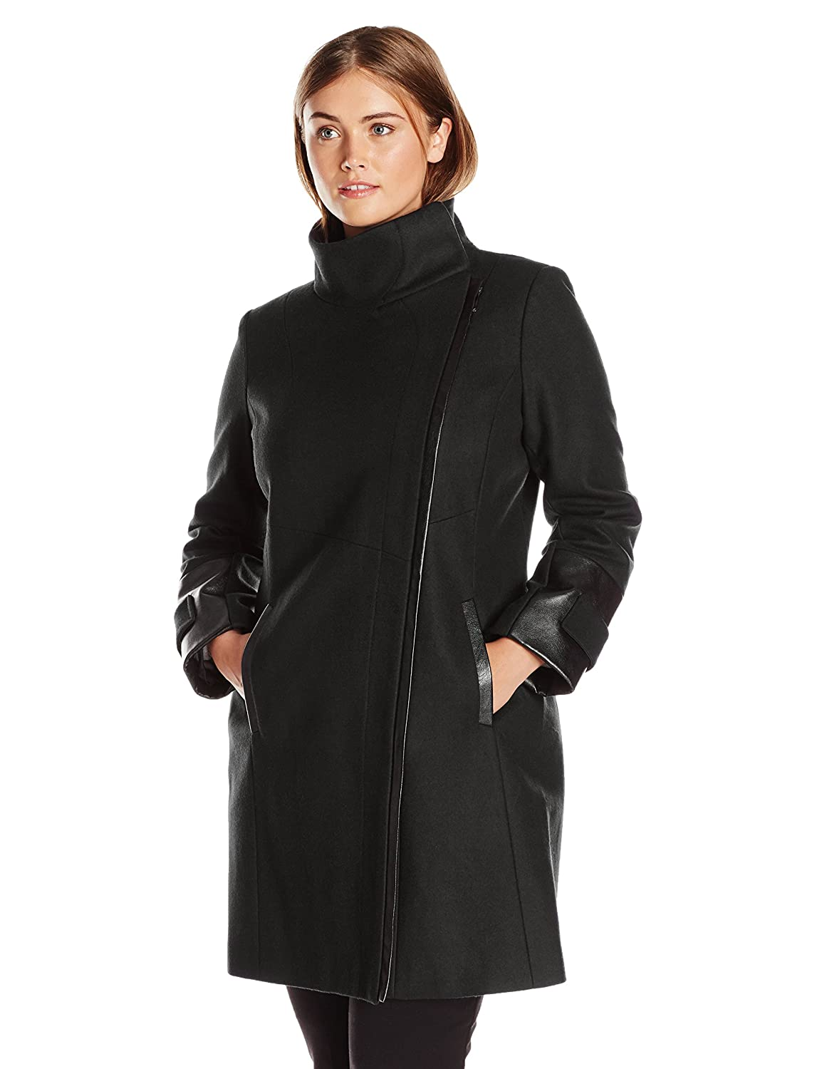 4e69ab6af3 Via Spiga Women s Plus-Size Asymmetrical Zip Front Wool Coat with Faux Fur  Collar at Amazon Women s Clothing store