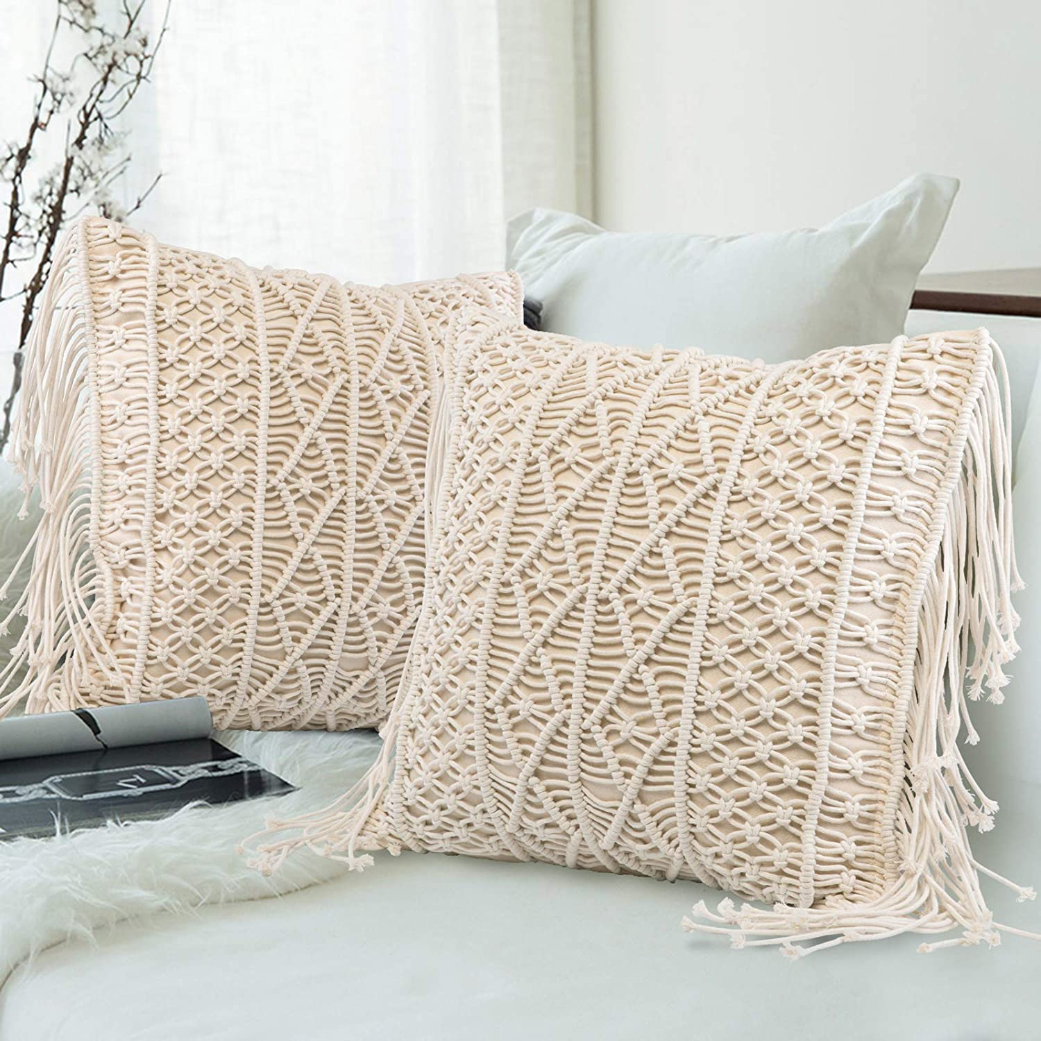 Throw Pillow Cover Set of 2, Macrame Cushion Case with Tassels Woven Boho Cushion Cover for Bed Sofa Couch Bench Car Home Decor Comfy Square Pillow Cushion Cover, 18 x 18 Inches B