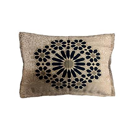 Moroccanity Funda de cojín de Estilo marroquí de Lujo, diseño geométrico de Seda Jacquard, diseño de Azulejos, Color Azul Marino y Crema Dorada, 70 x ...