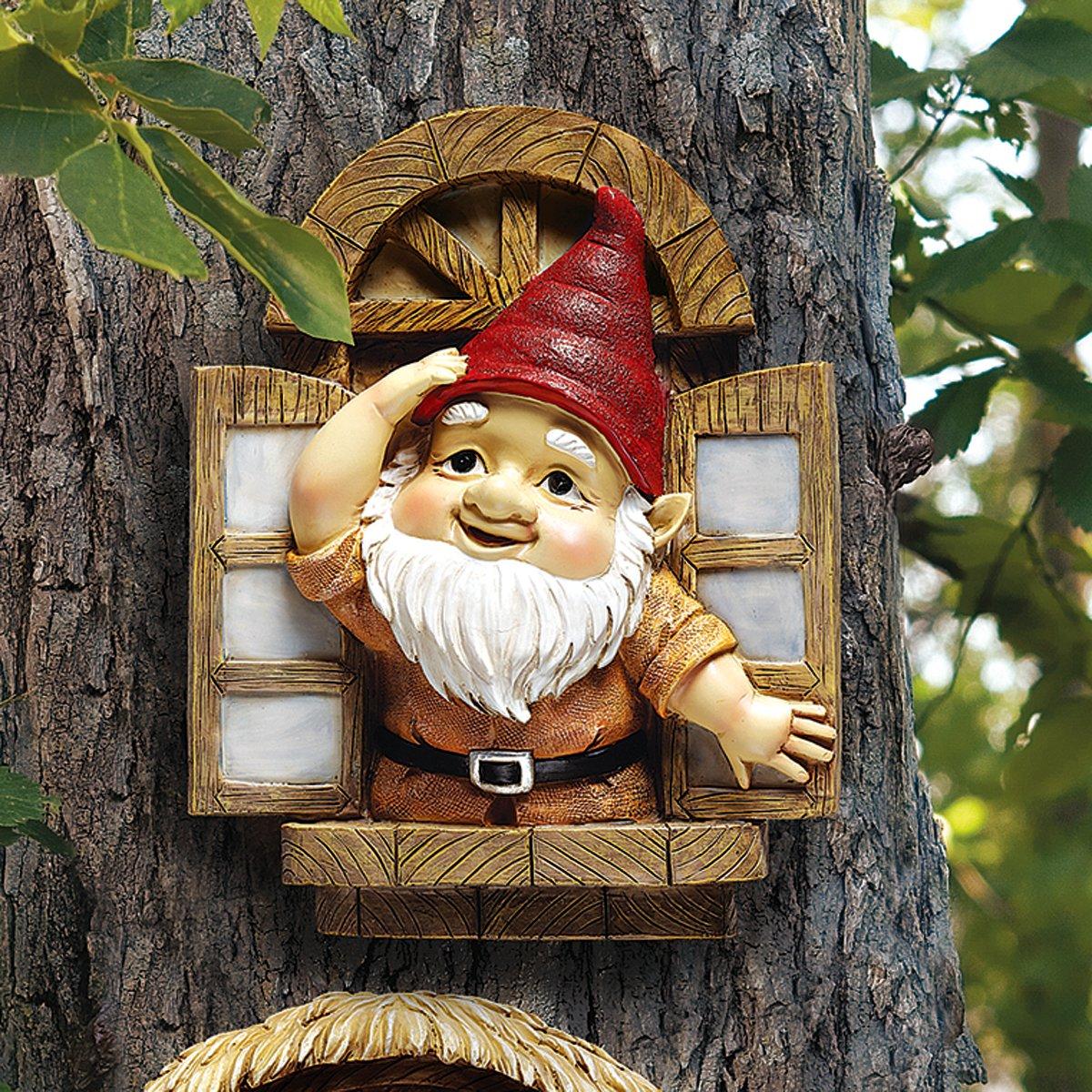 Amazon.com : Design Toscano Garden Gnome Statue - Knothole Welcome ...