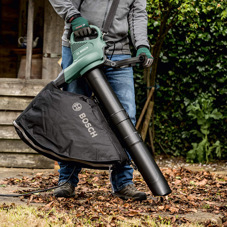 Bosch Home and Garden 06008B1000 Bosch Soplador, Aspirador de Hojas UniversalGardenTidy (1800 W, Velocidad de Flujo de Aire: 165-285 km/h, en Caja)