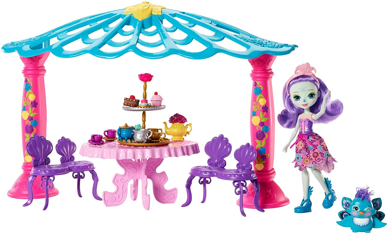 Enchantimals Coffret Le Salon de Thé, Mini-poupée Patter Paon et Figurine Animale Flap avec pergola, table, chaises et accessoires, jouet enfant, FRH49 Mattel