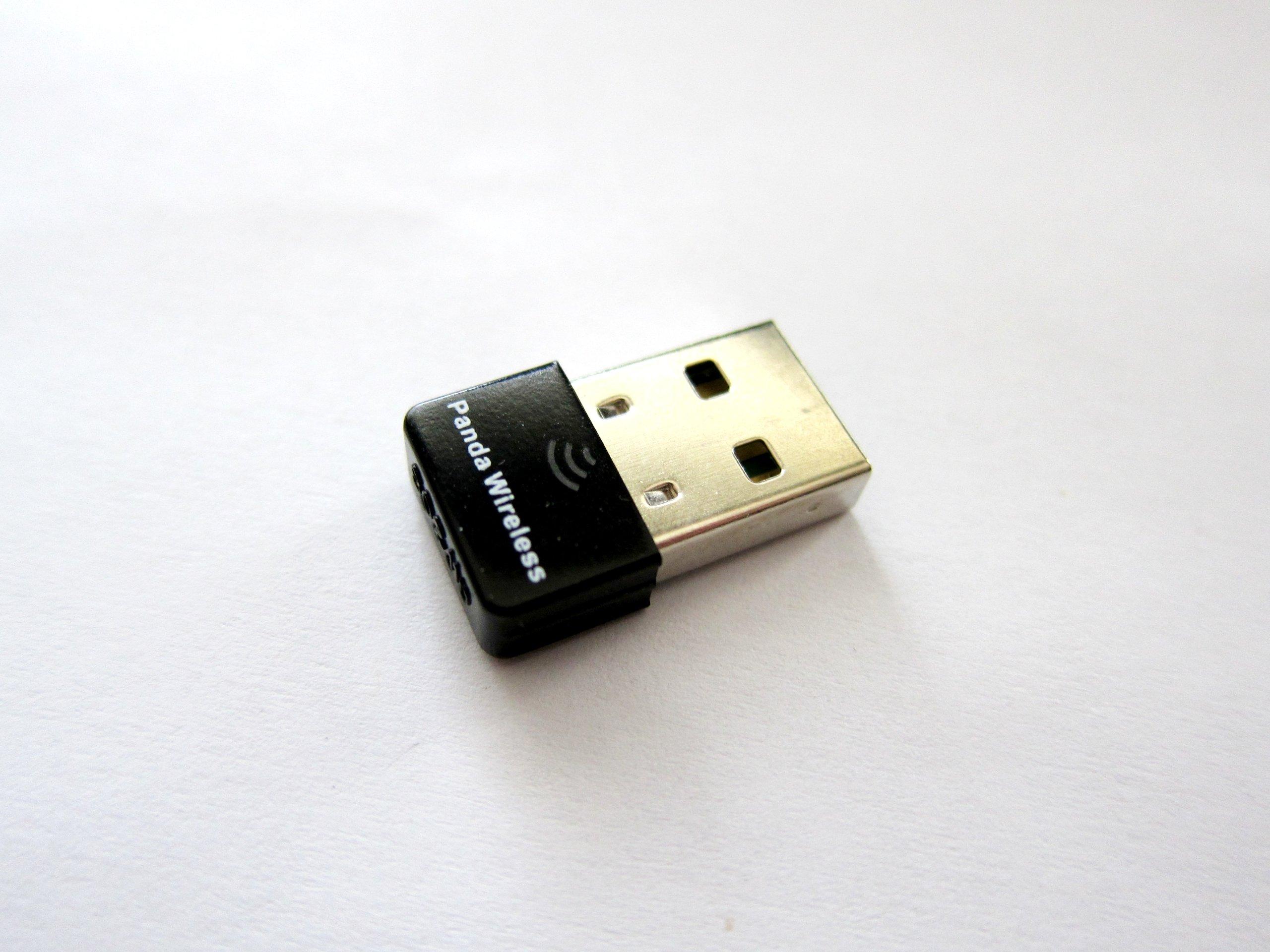 Panda Ultra 150Mbps Wireless N USB Adapter - Windows XP/Vista/7/8/8.1/10, Mac OS X 10.4-10.10, Mint, Ubuntu, Fedora, openSUSE, BackTrack5 R3, Kali Linux and Raspberry Pi 1/Pi 2 by Panda Wireless