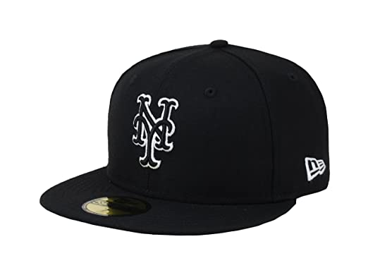 Amazon.com  New Era 59fifty Men s Hat York Mets Black White Fitted ... 6f54b19e31e