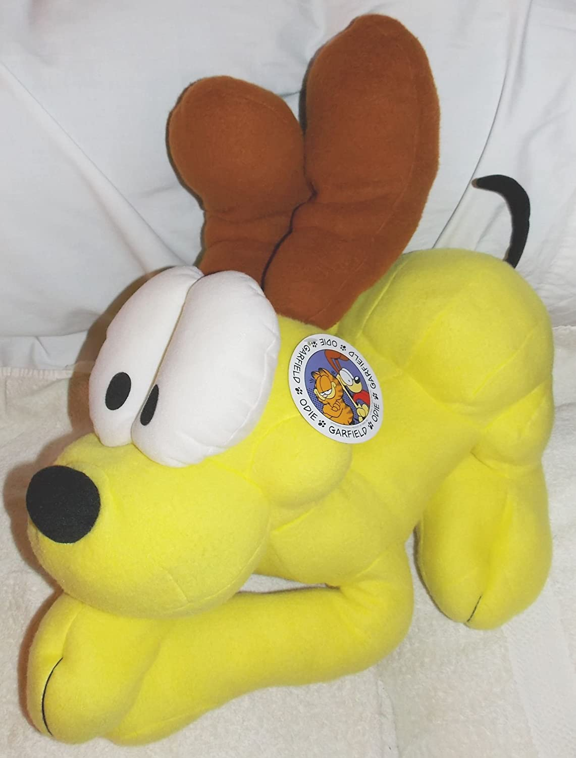 Amazon Com Garfield Large Soft Stuffed Plush Odie The Dog Pillowtime Pal Cuddle Pillow Toys Games