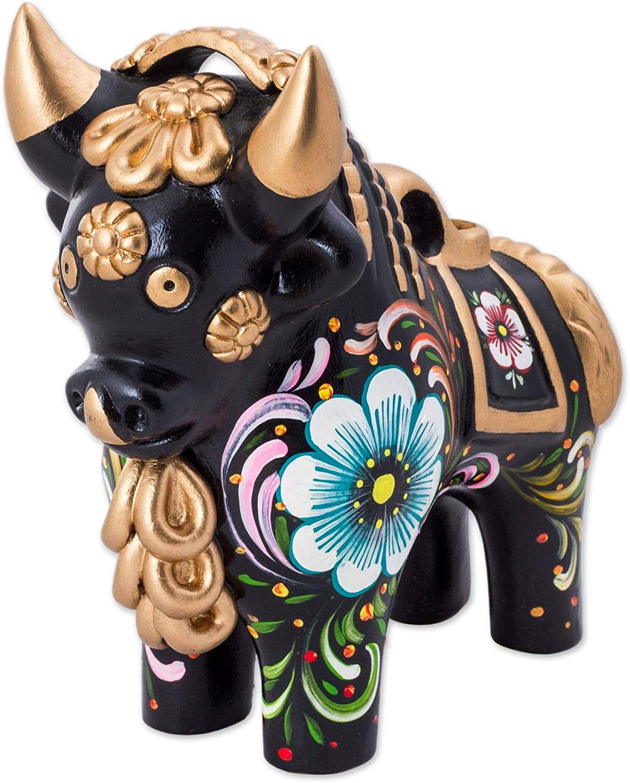 NOVICA Black Metallic Animal Themed Ceramic Sculpture, Big Black Pucara Bull'