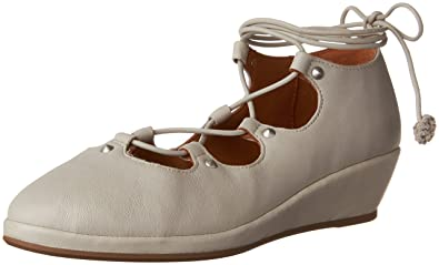 bcdda9a1402f Image Unavailable. Image not available for. Color  Gentle Souls by Kenneth  Cole ...