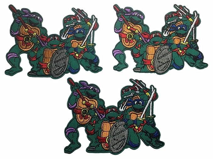 Amazon.com: Teenage Mutant Ninja Turtles Group Pose Set of 3 ...