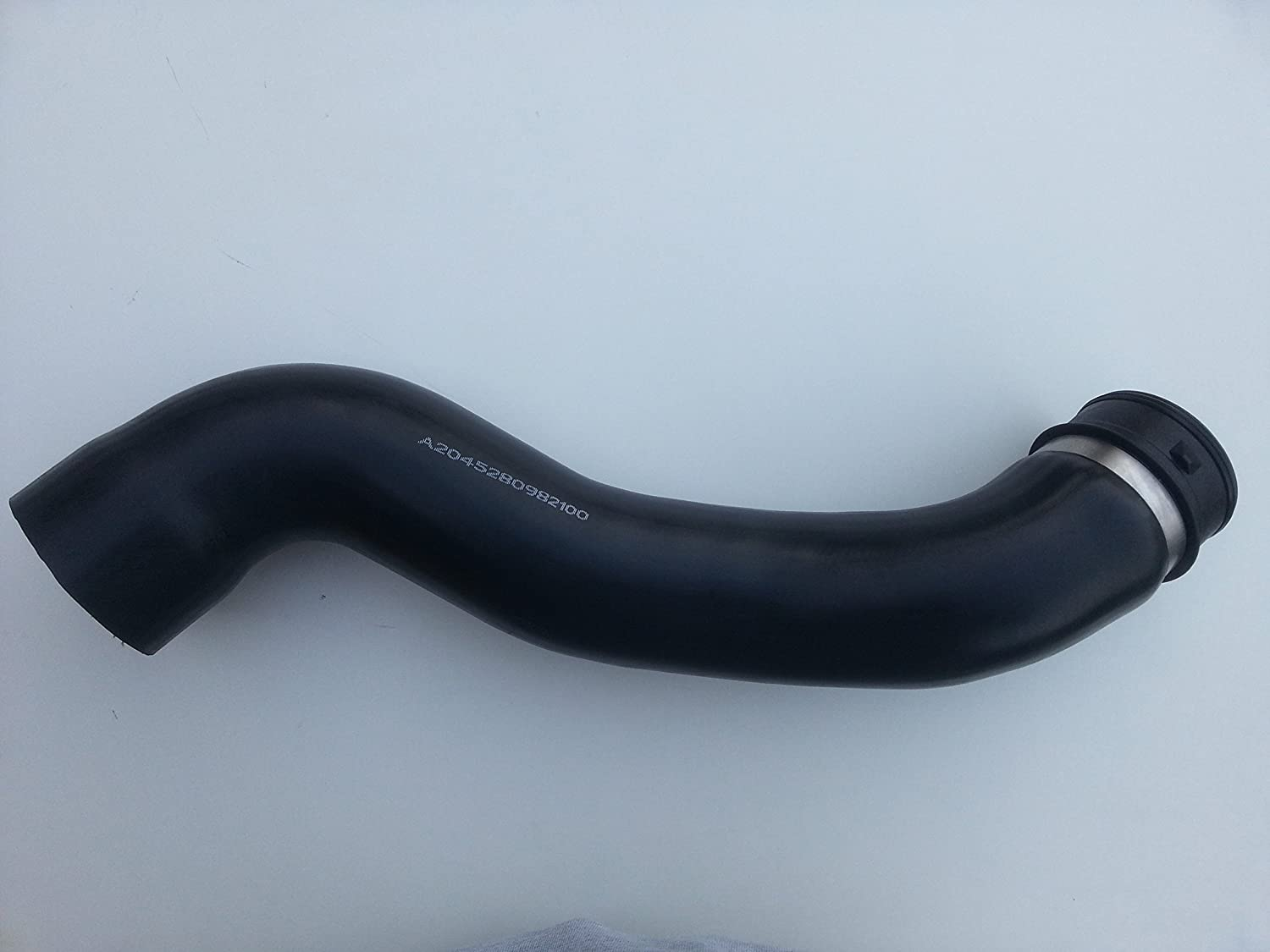 BRAND NEW INTERCOOLER PIPE TURBO HOSE A2045280982