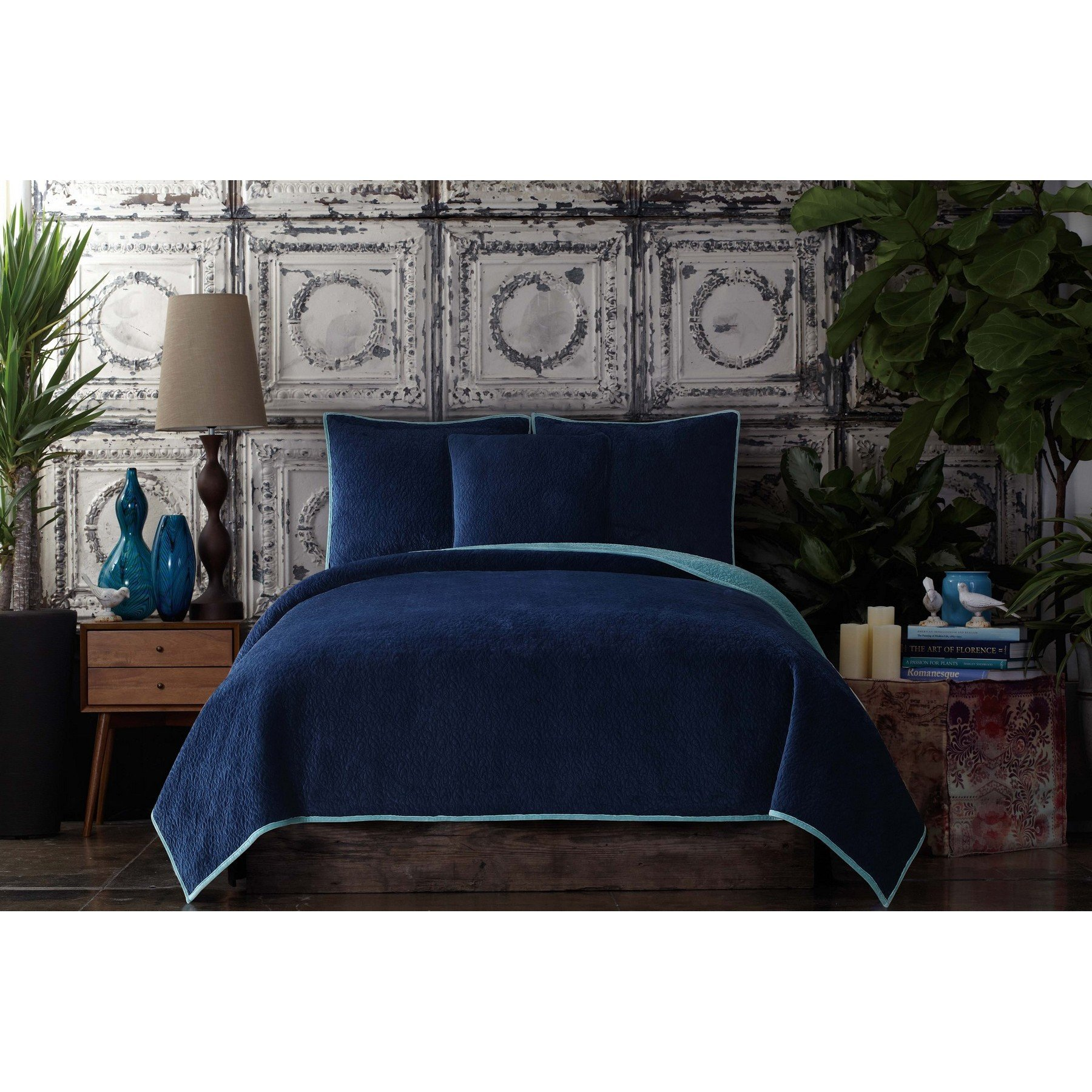 Poetic Wanderlust by Tracy Porter BQ2091BIKC-4400 Solid Reversible Velvet Coverlet, King, Cobalt Blue and Aquamarine Blue by Poetic Wanderlust By Tracy Porter