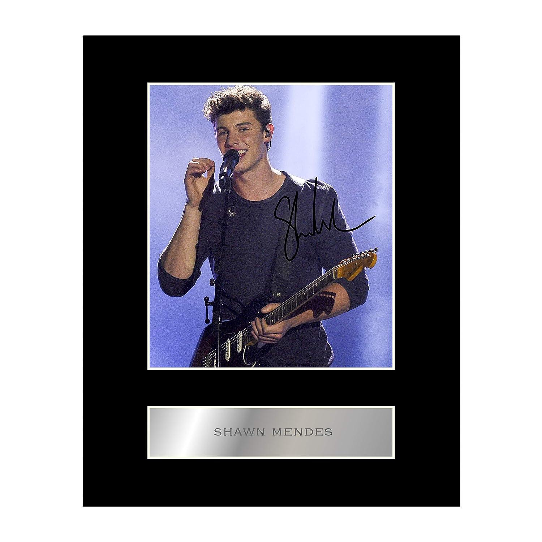 Shawn Mendes Photo dédicacée encadrée Iconic pics