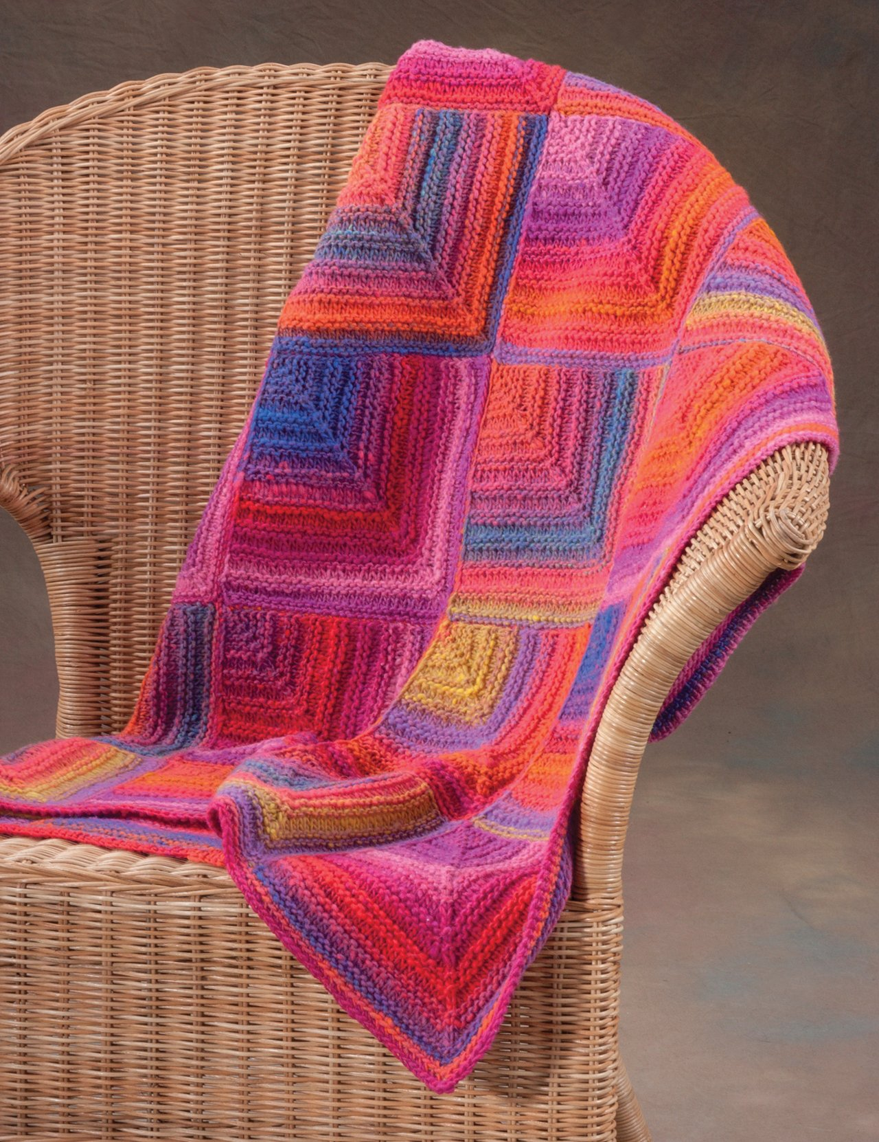 20 Easy Knitted Blankets and Throws: From the Staff at Martingale ...