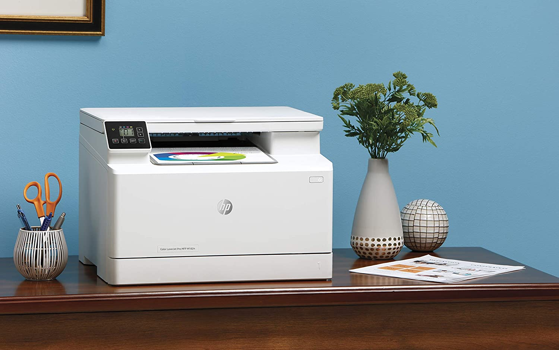 Stampante multifunzione Bianca HP Color LaserJet Pro M182n