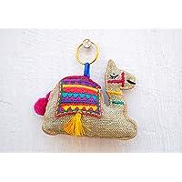 VLiving Multicolor camello llavero, borla, hecho a mano