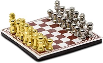 Miniature Metal International Chess /& Board Set For 1//12 Dollhouse Room Decor US