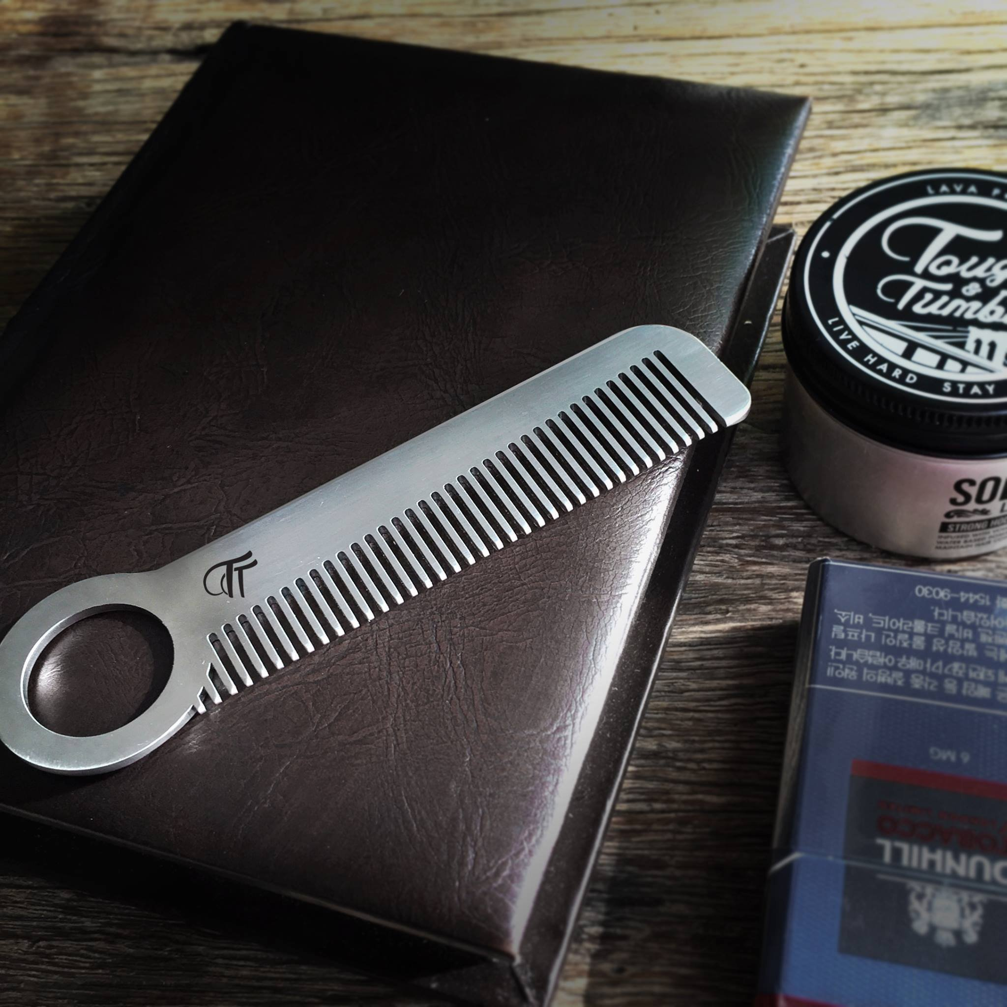 Tough & Tumble Metal Comb''The Revolve'' with Leather Sheath by Tough & Tumble (Image #4)