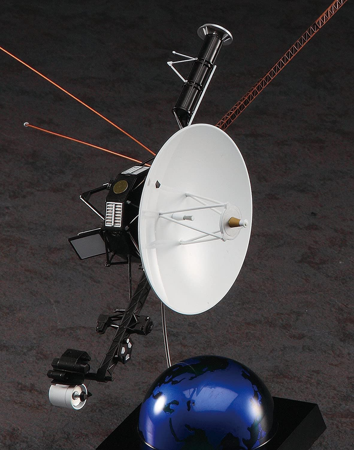 space probe voyager - 788×1000