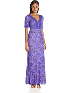 613b70726e1 Amazon.com  Tadashi Shoji Women s V-Neck Embroided-Lace Dress with ...
