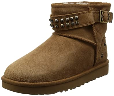fabb6bd4 Amazon.com | UGG Women's Neva Deco Studs Chestnut Boot 9 B (M ...
