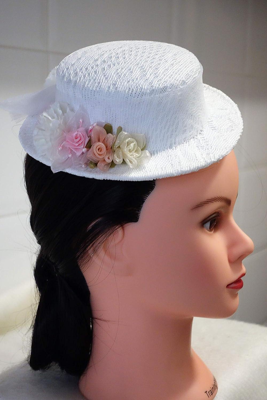 9642eedea9335 LA DAMA DE LOS TOCADOS. Sombrerito comunión blanco  Amazon.es  Handmade