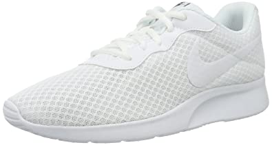 nike womens tanjun trainers